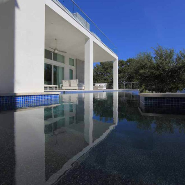 Custom Pool Reflection - Hive Outdoor Living - Tampa Bay FL